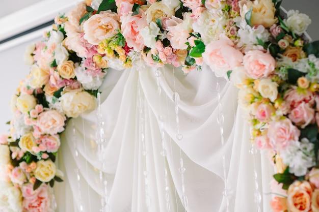 Hochzeit zeremonie bogen.