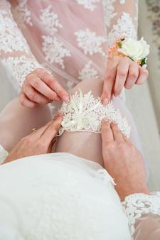 Hochzeitsaccessoires braut am hochzeitstag