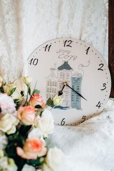Hochzeitsdeko mit natürlichen elementen Premium Fotos
