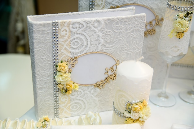 Hochzeitsdekoration und dekoration.