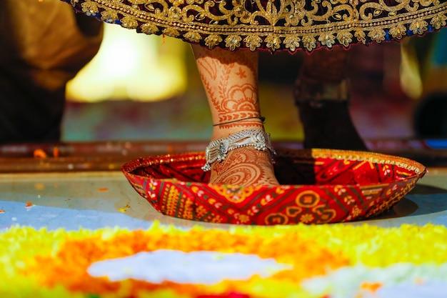 Hochzeitseinzug ins neue haus