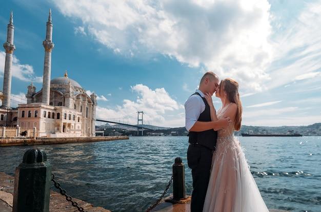 Hochzeitssitzungspaar in istanbul