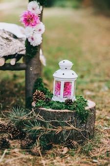Hochzeitstafel im rustikalen stil.