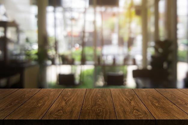 Hölzerne tabelle des modernen restaurants