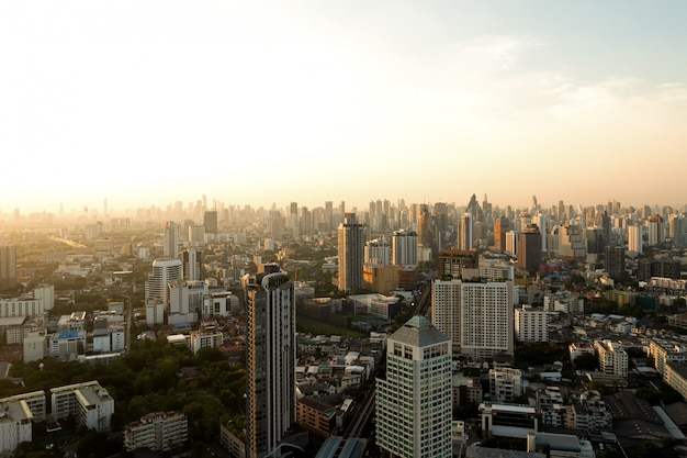 Hohe ansicht in bangkok, thailand