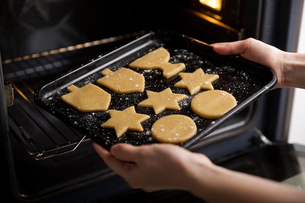 Hoher winkel der keksherstellung für chanukka