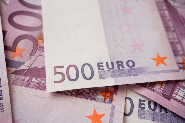 Hologramm mit fünfhundert euro-banknoten