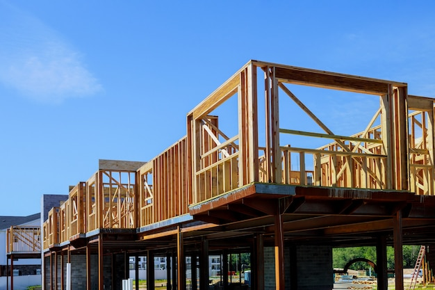 Holzbalkenhaus wohnbau hausrahmen