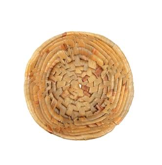 Holzbambuskorb auf weiß