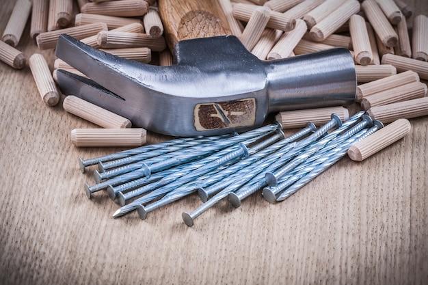 Holzbearbeitungsdübel nägel klauenhammer