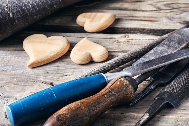 Holzbearbeitungswerkzeug einstellen