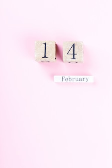 Holzblockkalender vom 14. februar. valentinstag,