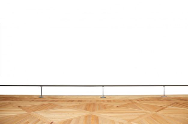 Holzboden mit metallbalustrade