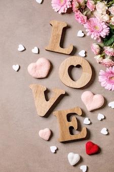 Holzbuchstaben lieben