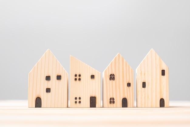 Holzhausmodell
