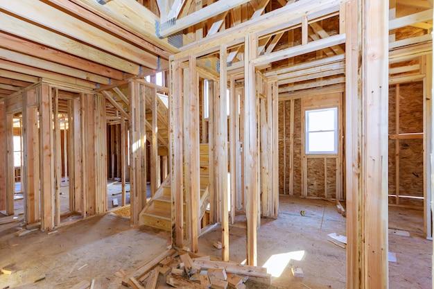 Holzhausrahmenstruktur auf einer neuentwicklung