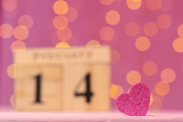 Holzkalender mit datum 14. februar nahaufnahme