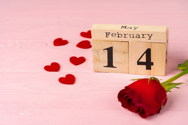 Holzkalender mit datum