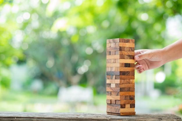 Holzklötze bauen, plan und strategie