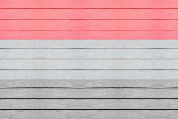 Holztische in verschiedenen farben
