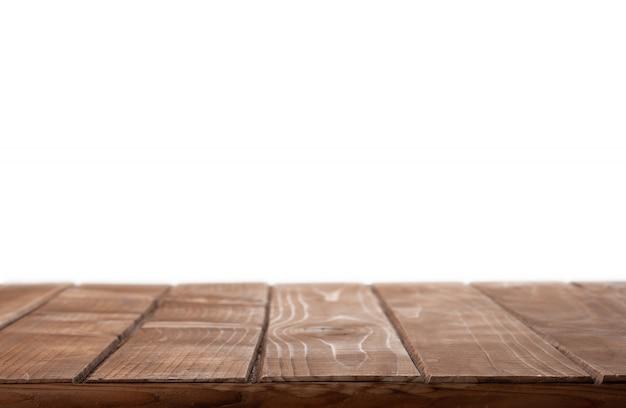 Holztischplatte auf lokalisiertem weißem hintergrund
