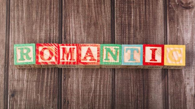 Holzwürfel mit romantischer inschrift