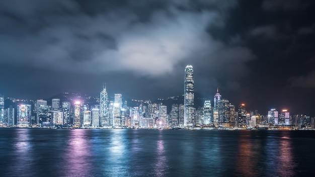 Hong kong architekturlandschaft skyline nachtansicht