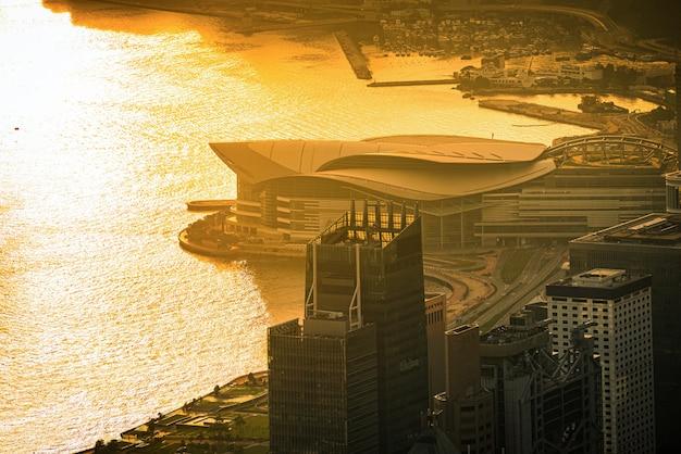 Hong kong city bei sonnenaufgang