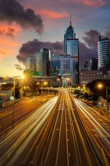 Hong kong straßen und türme stadtbild