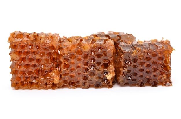 Honig auf weißem hintergrund