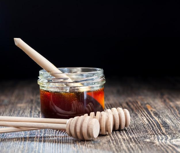 Honiglöffel und honig