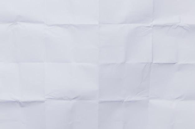 Horizontal gefaltetes papier