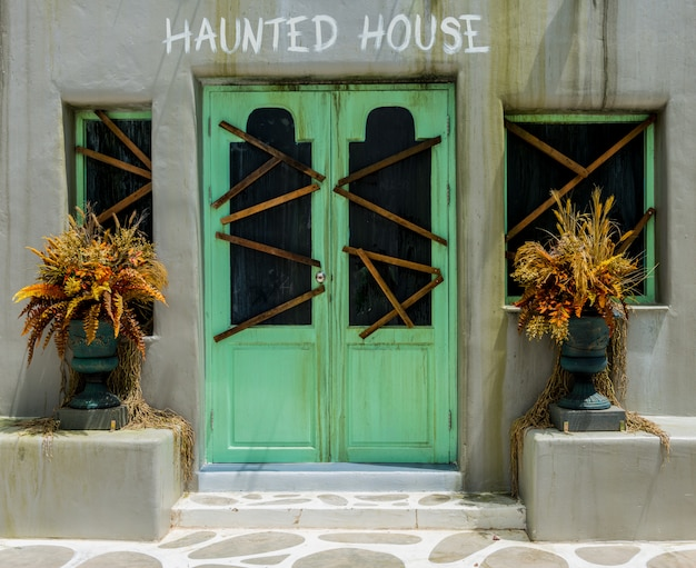 Horror-hintergrund für halloween-konzept