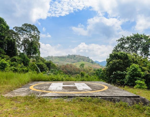 Hubschrauberlandeplatz am berg