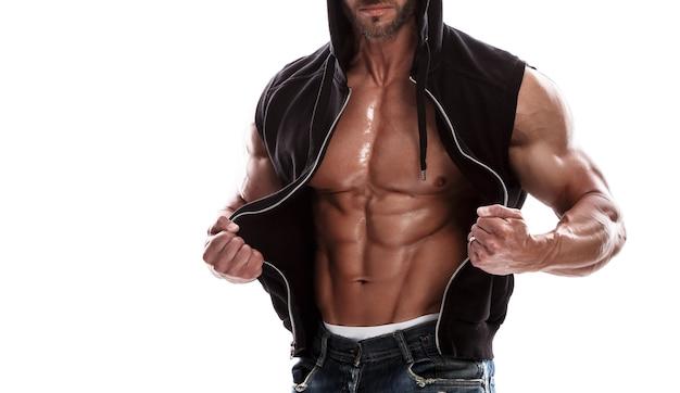 Hübsche muskulöse mannaufstellung