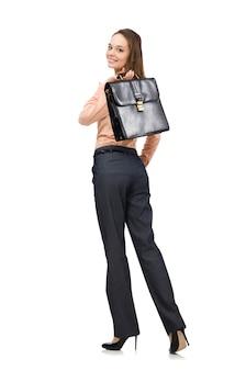 Hübscher bürovorsteher, der aktenkoffer lokalisiert auf weiß hält