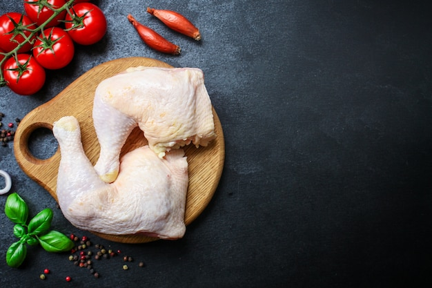 Hühnerbeine knochenfleisch geflügel diätfutter