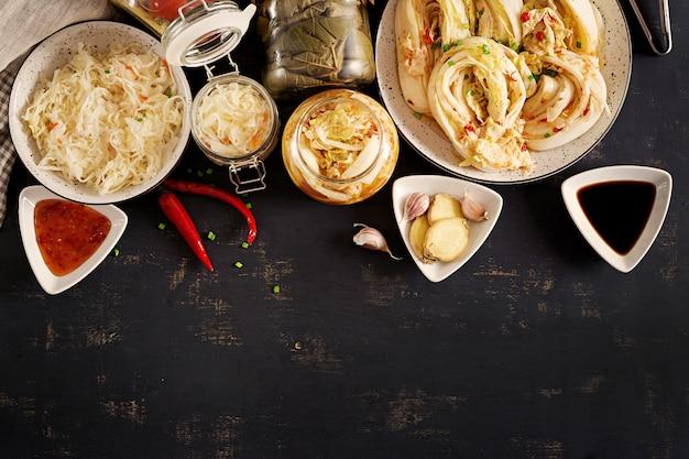 Hühnerbrust mit buchweizen und gemüse.