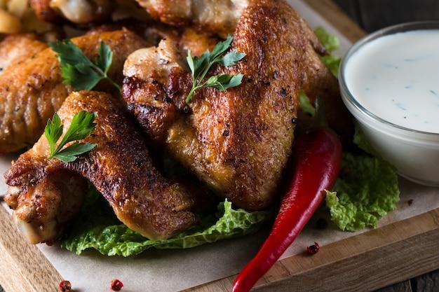 Hühnerflügel grillen