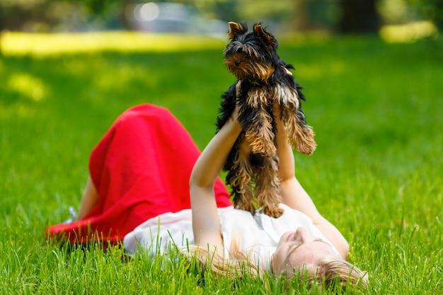 Hund und sein besitzer