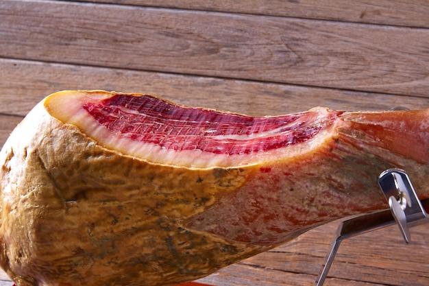 Iberischer schinken pata negra aus spanien