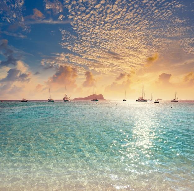 Ibiza cala comte conta strand balearen