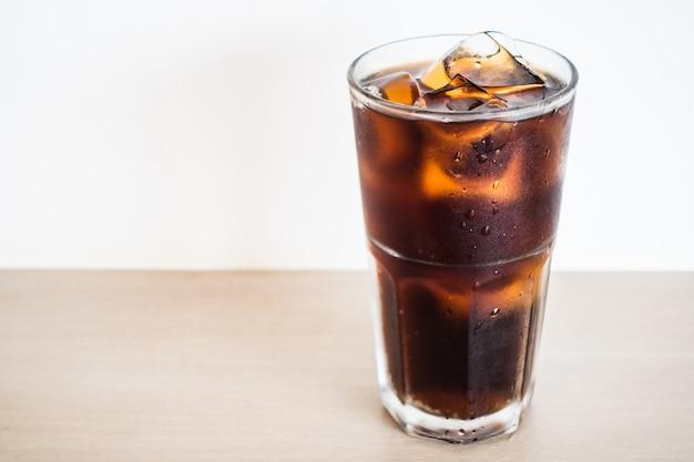 Iced cola glas