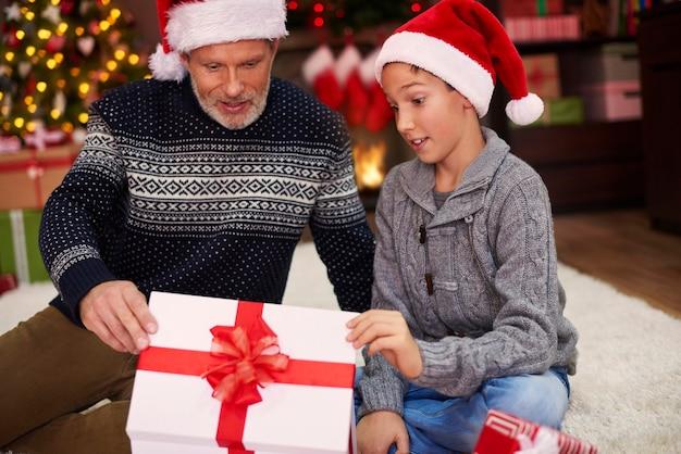 Ich könnte mir kein besseres geschenk vorstellen, dad