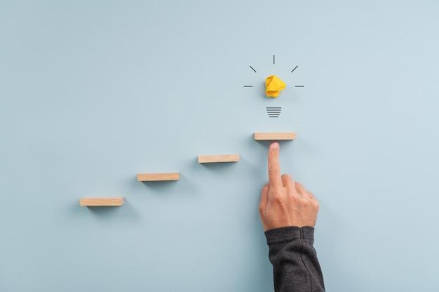 Idee, innovation und vision konzeptionelles image