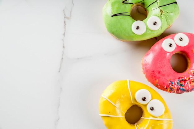 Ideen für kinderfestlichkeiten an halloween.
