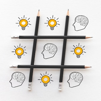Ideen inspirationskonzepte mit gehirn in kopf und glühbirne