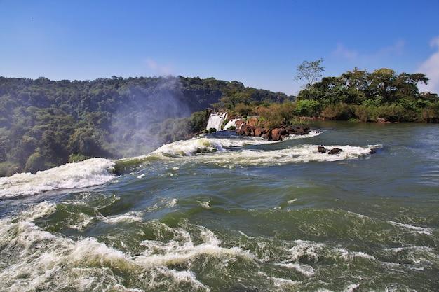 Iguazu fällt in argentinien und brasilien