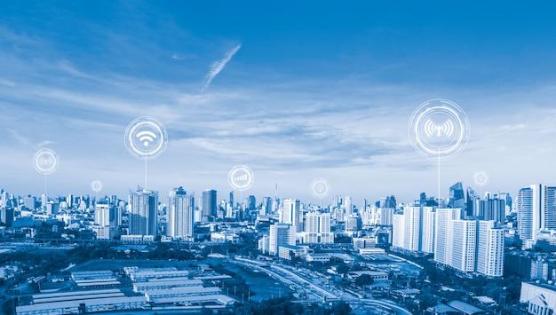 Ikonen wifi, internet, kommunikation, der technologie für die intelligente begriffliche stadt