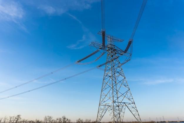 Im freien tower wire